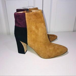 BCBGMAXAZRIA MA-BLYSS Ankle Bootie Size 6